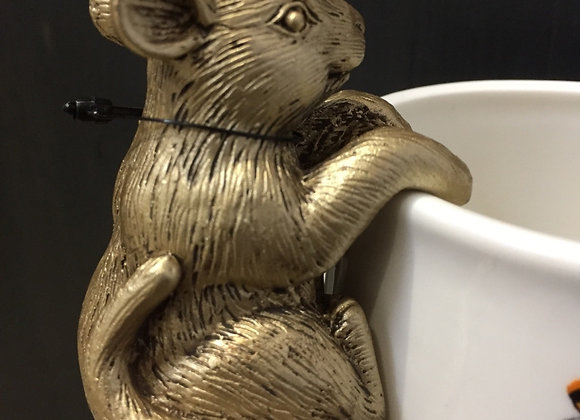 Parlane gold coloured resin mouse pot hanger