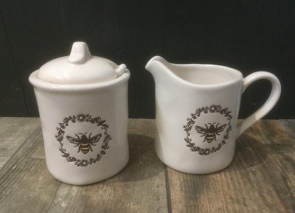 Gisela Graham vintage bee motif sugar pot and cream jug set