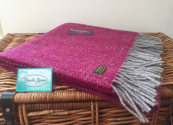 Tweedmill Textiles Grape and grey illusion knee blanket