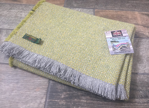 Tweedmill Textiles Green Crosshatch recycled blanket