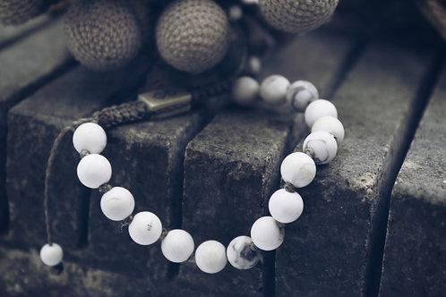 The Howlite Bracelet