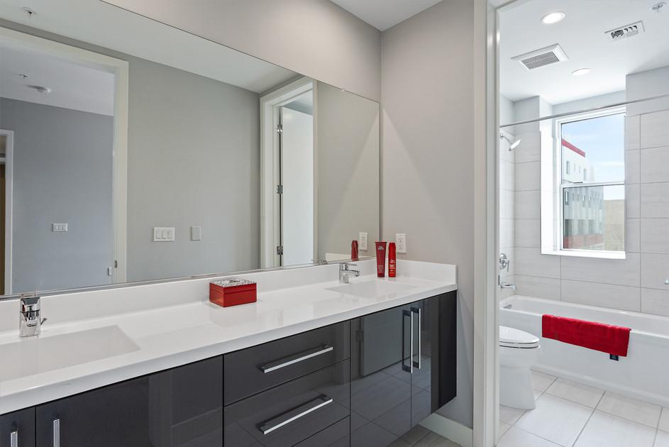 Bright and elegant bathrooms