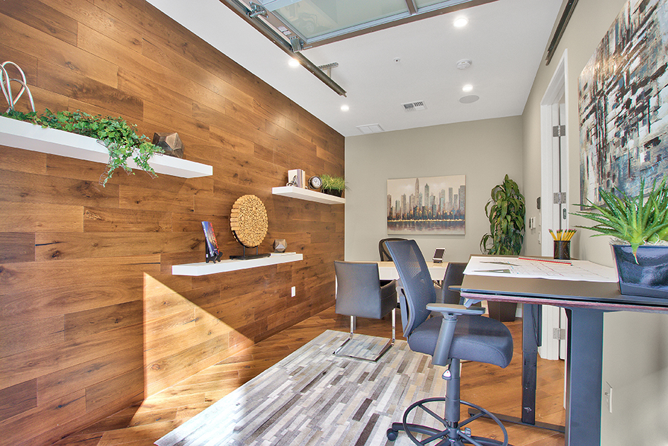 Townhome Work Space