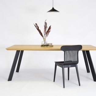 5-czarne-krzesło-dębowe-retro.jpg