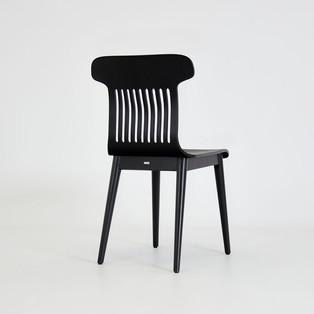 4-krzesło-czarne-debowe.jpg