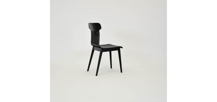 3-piekne-krzesło-czarne-do-jadalni.jpg