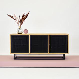 2-szafka-pod-telewizor-drewniana.jpg