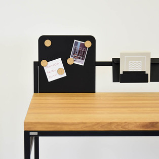 4-industrialne-biurko-do-sypialni.jpg