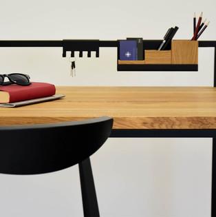 3-stylowe-biurko-styl-loftowy.jpg