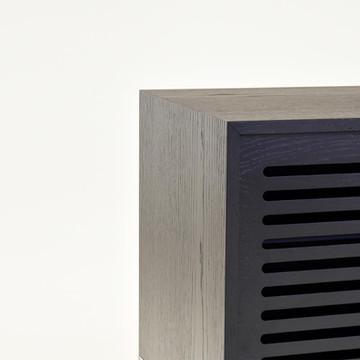 8-piekna-czarna-konsola-styl-minimalisty
