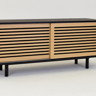1-piekna-drewniana-konsola-rtv.jpg