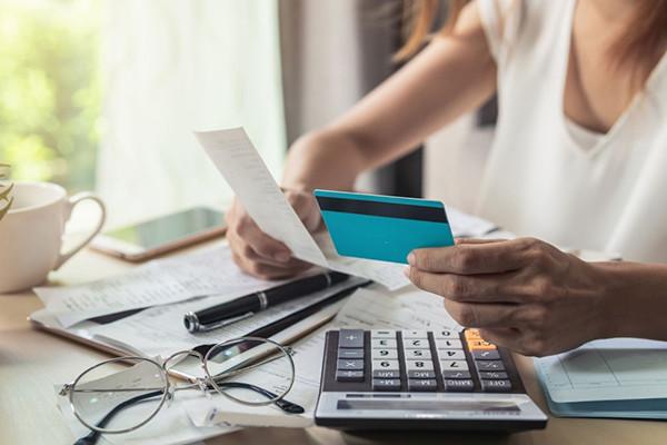 AER 16 | Daily Money Management