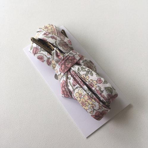 Lacets fleurs pastelles