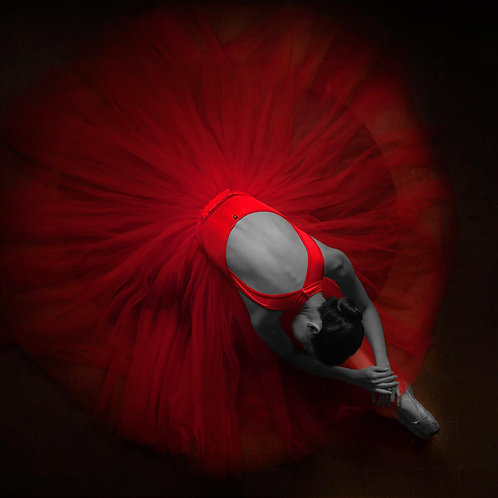Ballerina red tempered glass