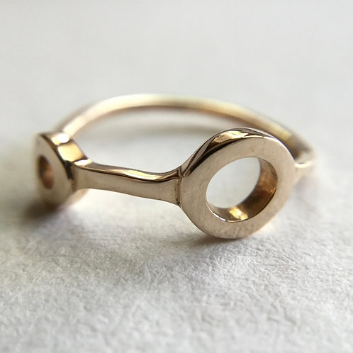 Beautiful and unique bronze ring!