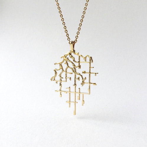 Elegant river map necklace in brass