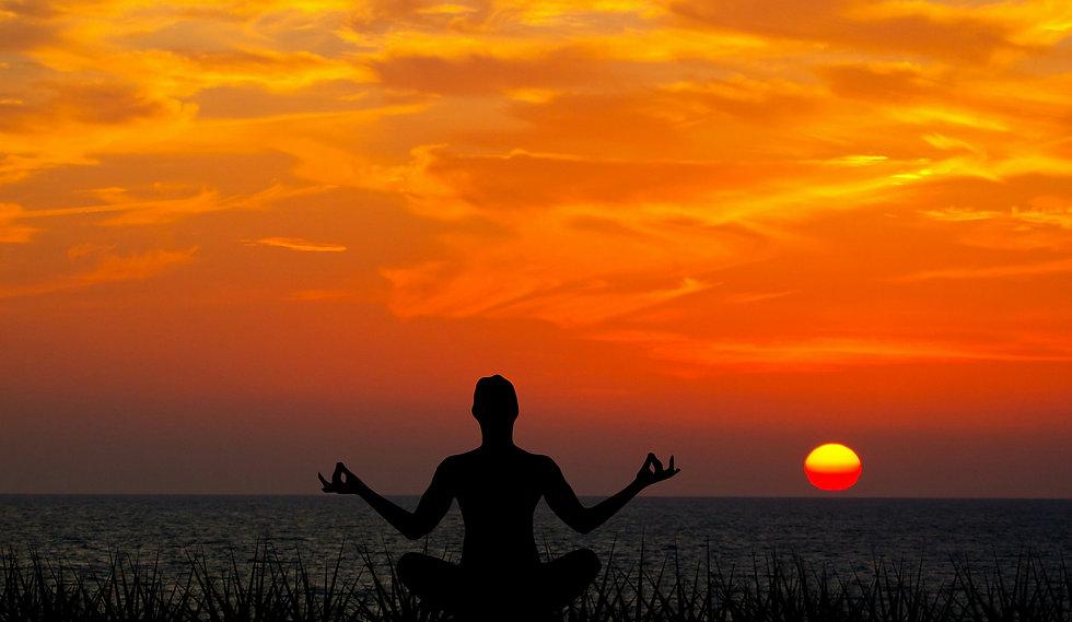 meditating-sunset-meditation-yoga-nature