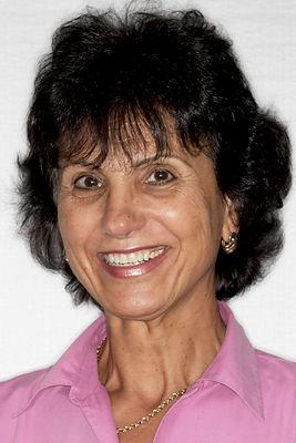 Dr. Emilia Nicola (1).jpg