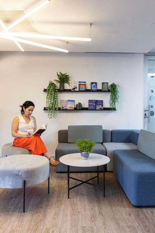 E-cafe Library
