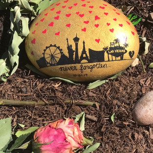 A Survivor of Route 91 Harvest Festival Las Vegas Spreads Hope and Kindness