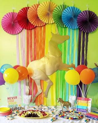 party_goldenunicorn.jpg