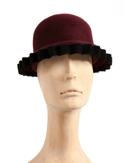 Burgundy peachbloom felt cloche