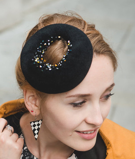 Black fur felt headpiece
