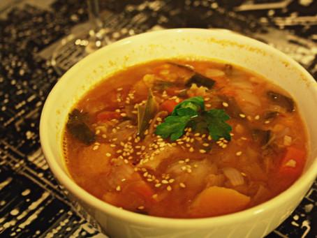 Soupe indienne d'automne, curry et coco