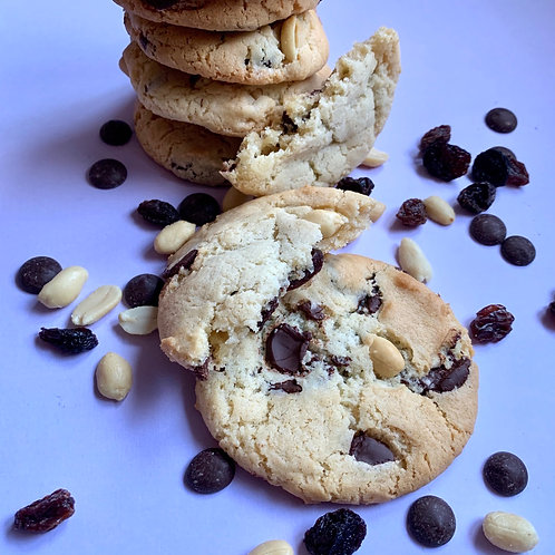 PEANUT RAISIN & CHOC CHIP COOKIES