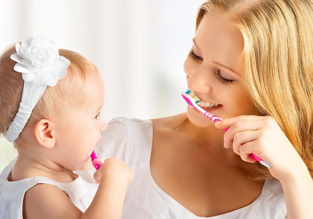 Limpieza dental de bebes