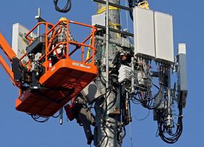 Pentagon Opens Door to 5G Network Shared With Civilian Cellphones