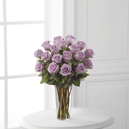 18 Roses Signature Collection
