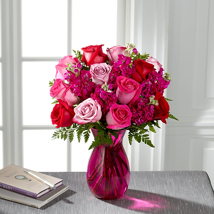 12 Roses Signature Collection