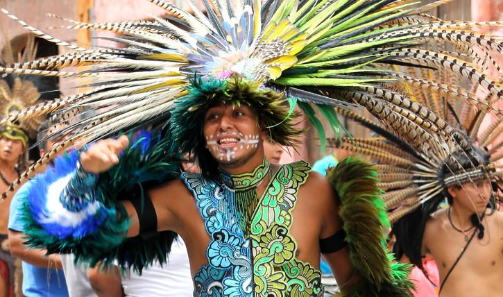 San Miguel de Allende - parade of dancer