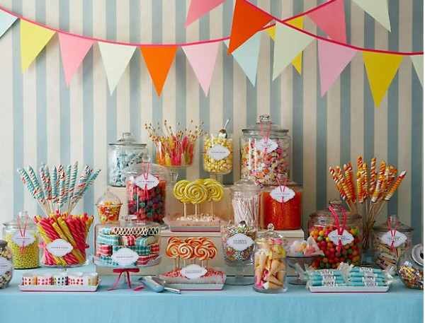 old-fashioned-wedding-candy-bar