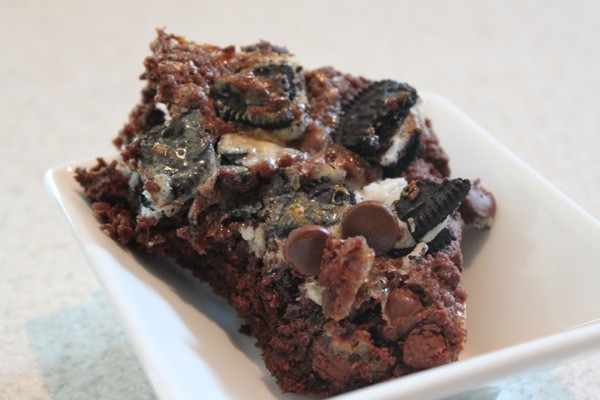 Gooey Oreo Double Chocolate Cake Bars