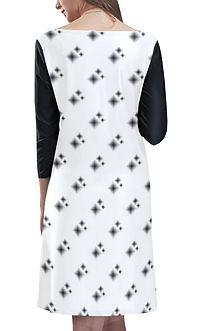 reversed diamond shapes Rhea neck dress