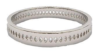 diamond oval punch ring platinum.jpg