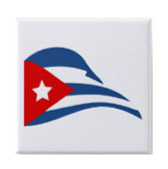 cuban flapping flag square button pin.jp