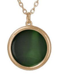 glazed emerald gold round necklace (2).j