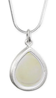 Touch Of Cream Silver Teardrop Necklace