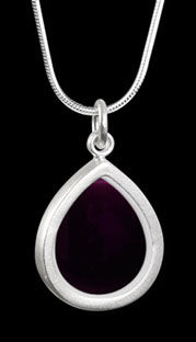 merlot neilson necklace.jpg