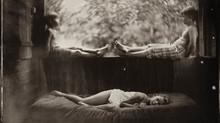 مصورة تستخدم تقنيات القرن التاسع عشر لإلتقاط صور بوتريه