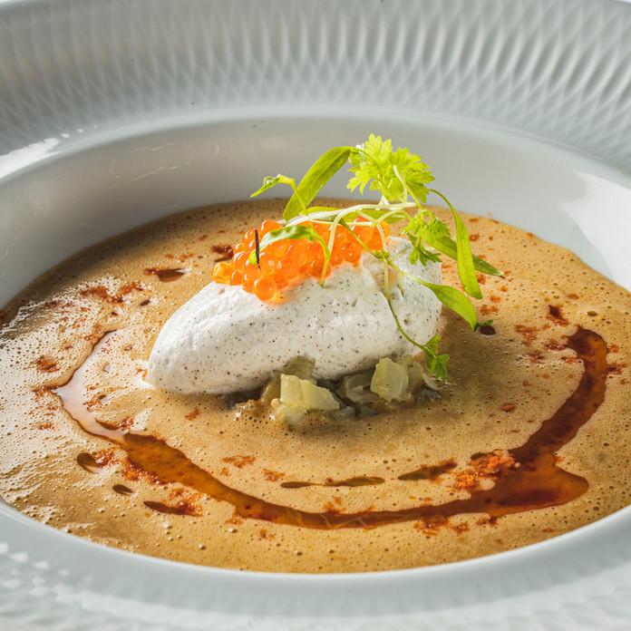 Bisque de crustacés, coraillee  et vanil