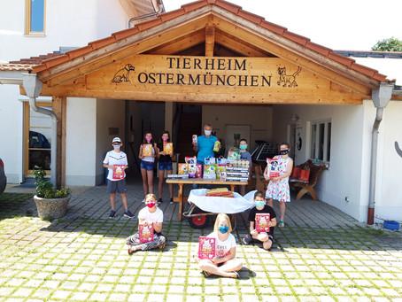 Zum Abschluss des Schuljahres eine gute Tat - die Klasse 4a aus Ostermünchen im Tierheim
