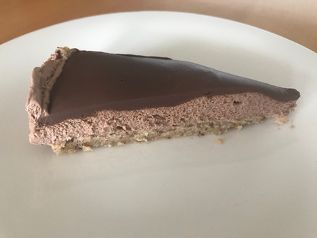 Low-carb Chocolate Cheesecake