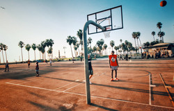 Basketball court in Venice beach