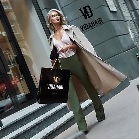 vd shopping.jpg