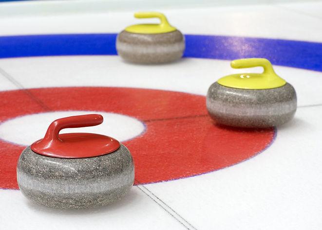 interlaken-curling-winter.jpg