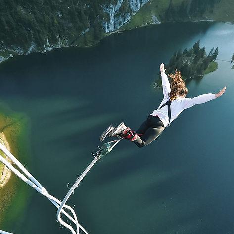 bungee-jumping-stockhorn-aus-134-metern.